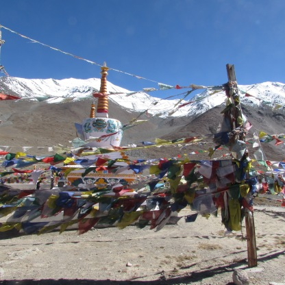 Chortens and prayer flags at Kunzum
